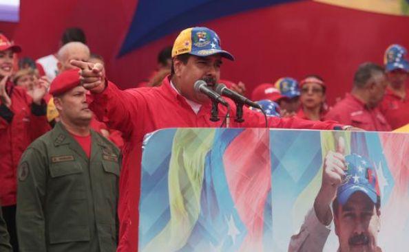 Venezuela: la pression internationale monte contre Maduro après une journée de violences