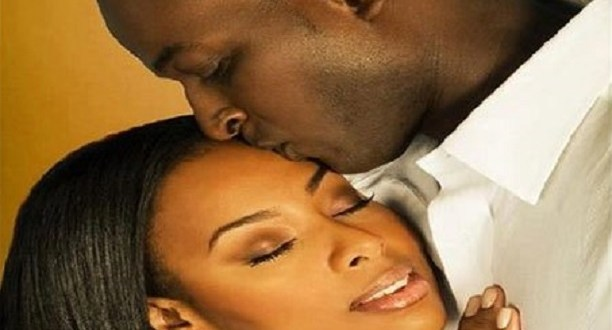 Ces 6 attitudes que les femmes adoptent et que les hommes adorent. Le numéro 5 va vous étonner !