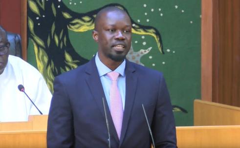 (Vidéo) Ousmane sonko traite certains députés d'irresponsables à l'assemblée nationale