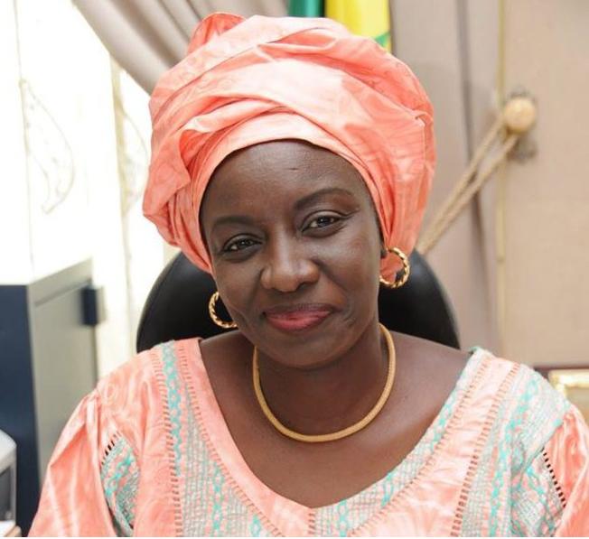 FUSION DE L'APRODEL DANS L'APR : le message de Mimi Touré aux hommes politiques