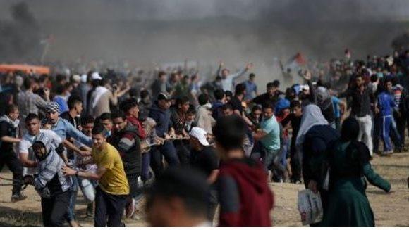 Gaza: 60 Palestiniens blessés lors de heurts à la frontière avec Israël