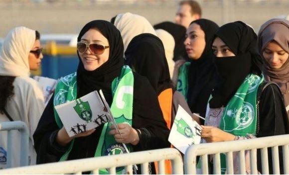 Armée saoudienne: les femmes acceptées pour la première fois