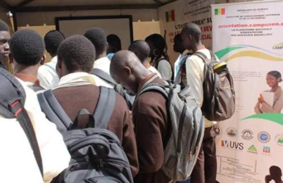 Les étudiants exclus reprennent leurs cours lundi dans les universités privées