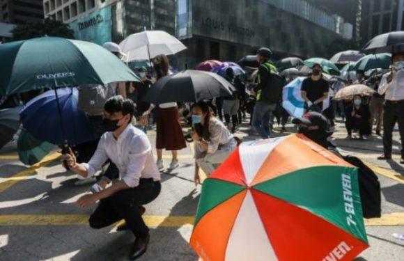 Hong Kong: les manifestants décident de semer le chaos à travers l'ensemble du territoire.