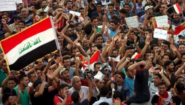 Les Irakiens restent dans la rue même si le Premier ministre veut partir