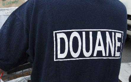 Saisie de 9 véhicules volés en Europe par la douane de Dakar port