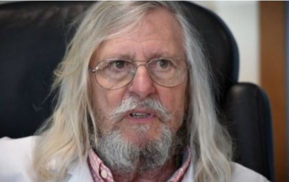 """Didier Raoult : """"Les vaccins annoncés contre la covid-19, c'est de la science-fiction"""""""