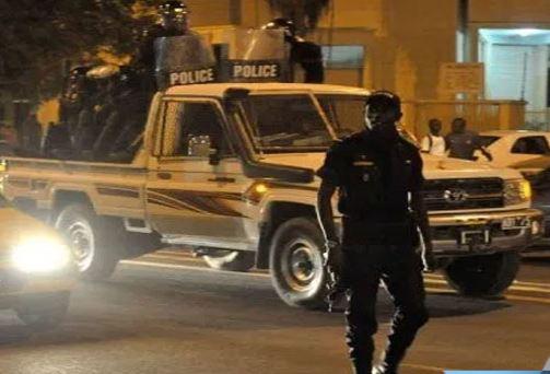 L'Etatdéploie un très grand nombre de commandos pour faire respecter le couvre-feu.