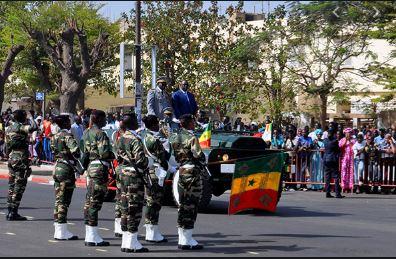 Une prise d'armes pour célébrer la fête de l'indépendance,ce samedi 4 Avril