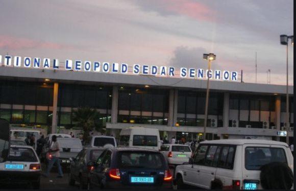 Macky Sall confie l'assiette foncière de 30 hectares de l'aéroport de Yoff à la CDC