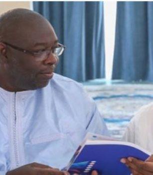 Macky Sall rend hommage et salue la mémoire de Babacar Touré