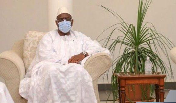 Le Président Macky Sall à Médina Baye pour présenter ses condoléances