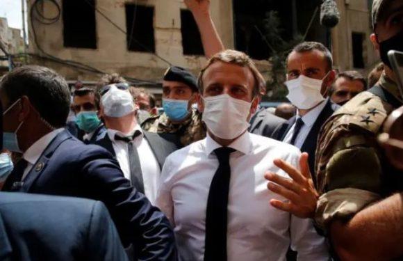 Macron à Beyrouth après le drame, réclame un « changement de système »