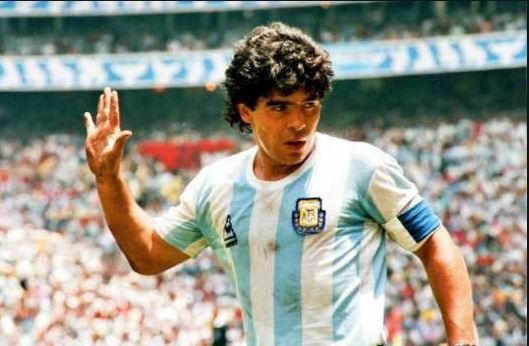 L'icône Maradona à jamais dans les coeurs africains