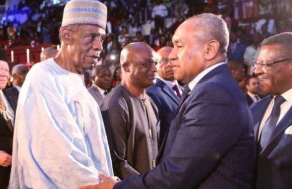 M.Issa Hayatou ,le Président d'honneur de la CAF ?