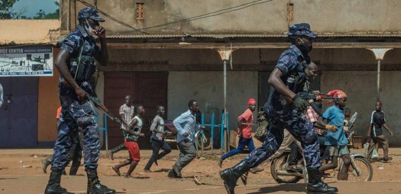 Ouganda : les voix de l'opposition muselées avant la présidentielle ?
