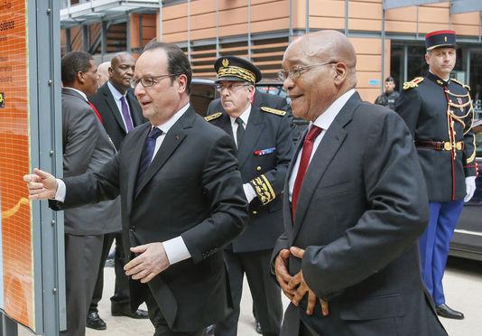 François Hollande plaide pour la sécurité sanitaire internationale et des traitements moins onéreux