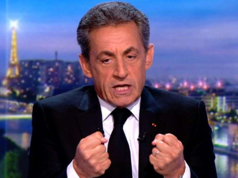 France: l'ancien président Nicolas Sarkozy jugé pour corruption, une première