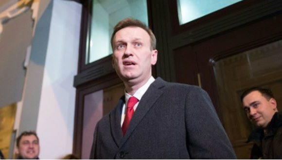Russie:L'opposant  Navalny en réanimation, son entourage crie à l'empoisonnement