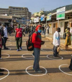 Dossier : comment le Rwanda a-t-il maîtrisé l'épidémie de Covid 19 ?
