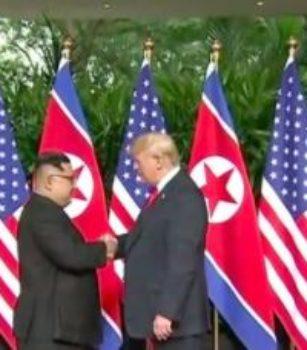 L'alternance à la Maison blanche : La fin de la lune de miel entre Pyongyang et Washington (Analystes)